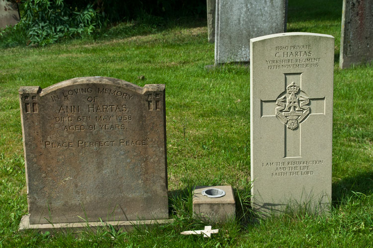 Private Hartas' headstone (right). On the left is the headstone for Ann Hartas, died 6 May 1958 aged 91 years. (His mother?)